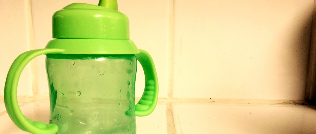 dangers-lurking-in-kids-sippy-cup-pure-living