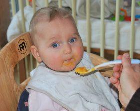 Baby eatting baby food