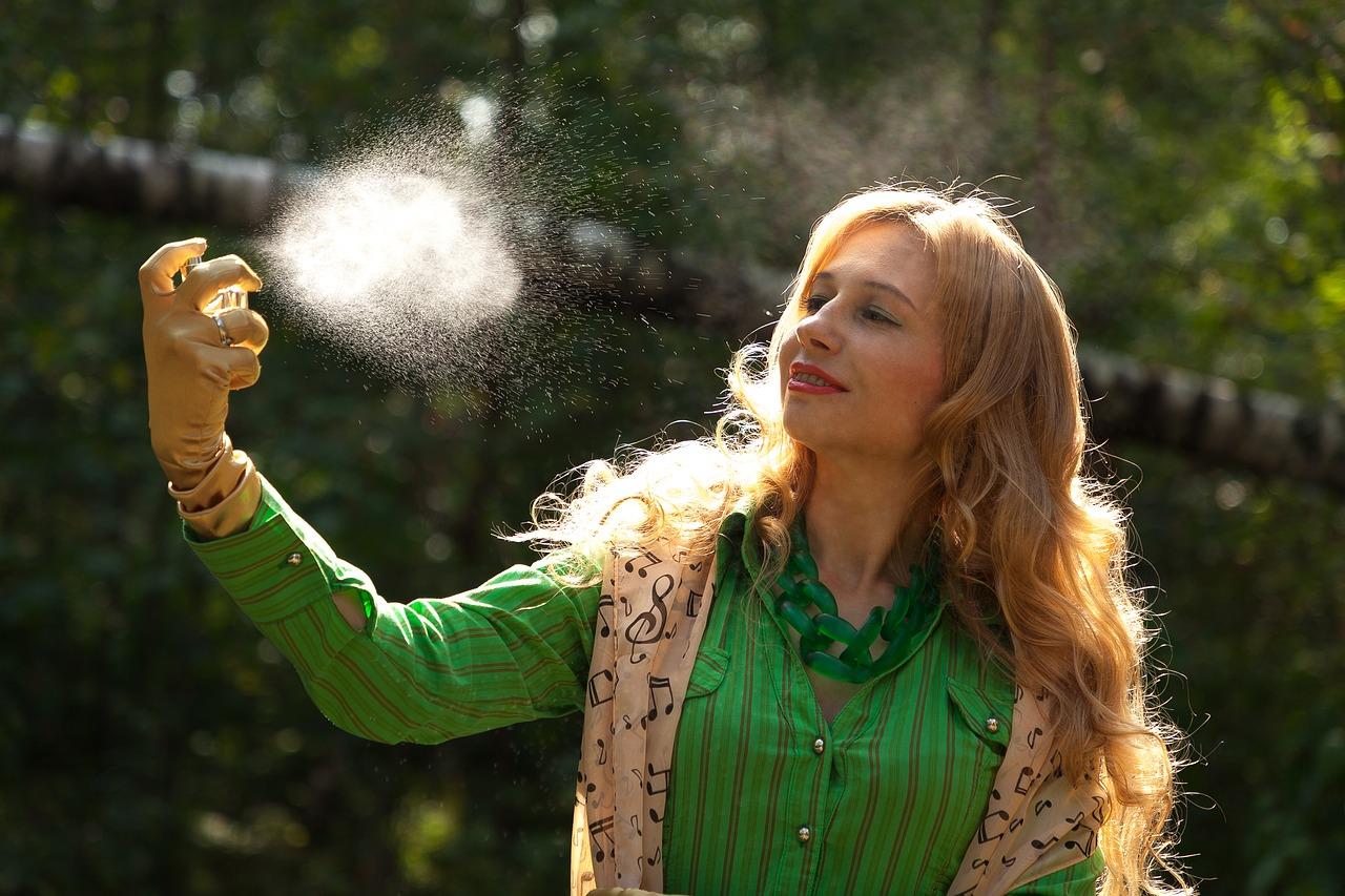 perfume aerosol